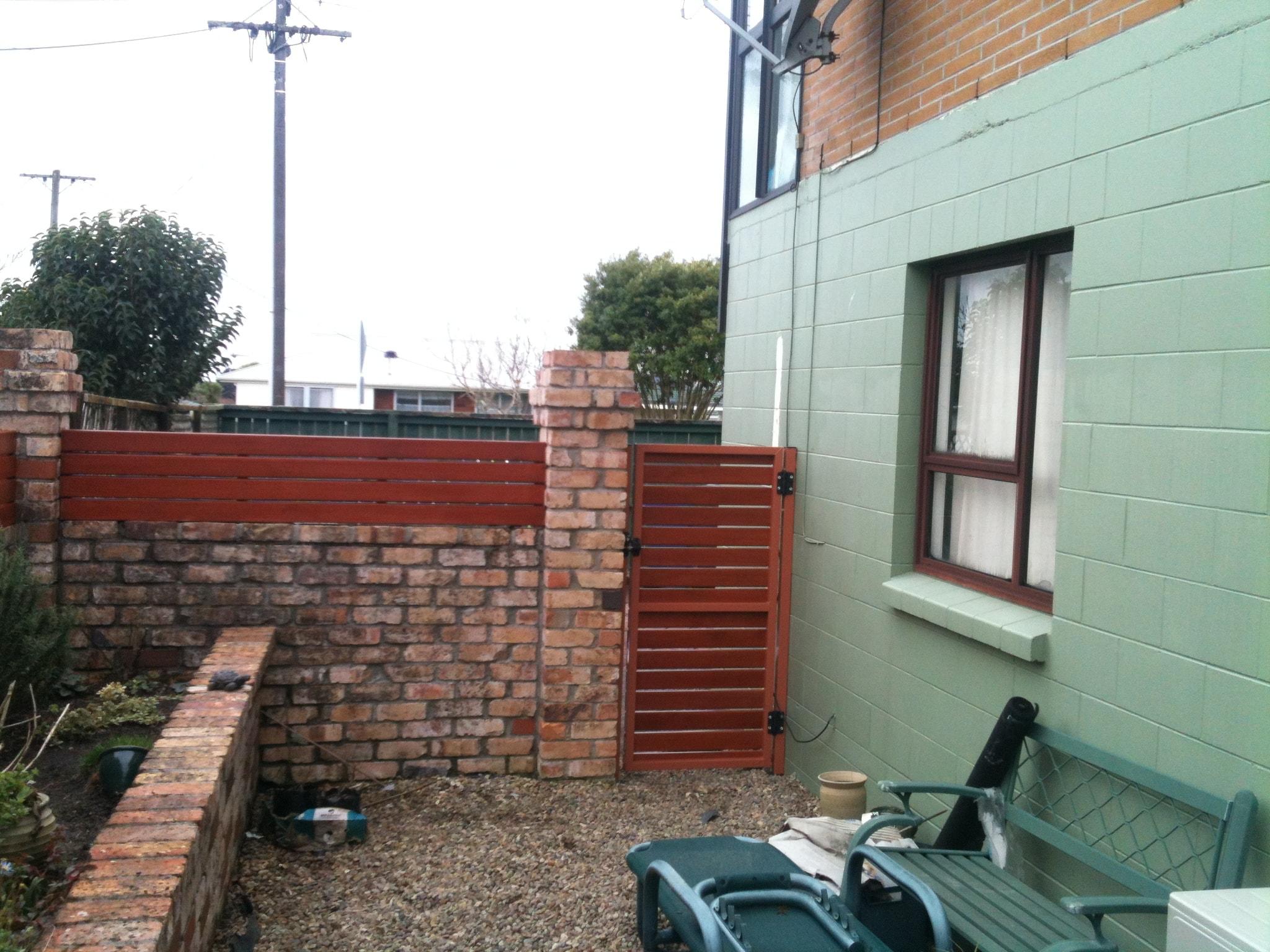 Aluminium Pedestrain to match the fence inserts-min