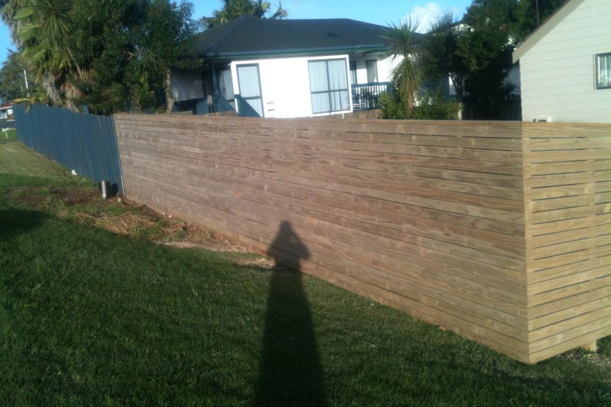 Horizontal Decking Fence