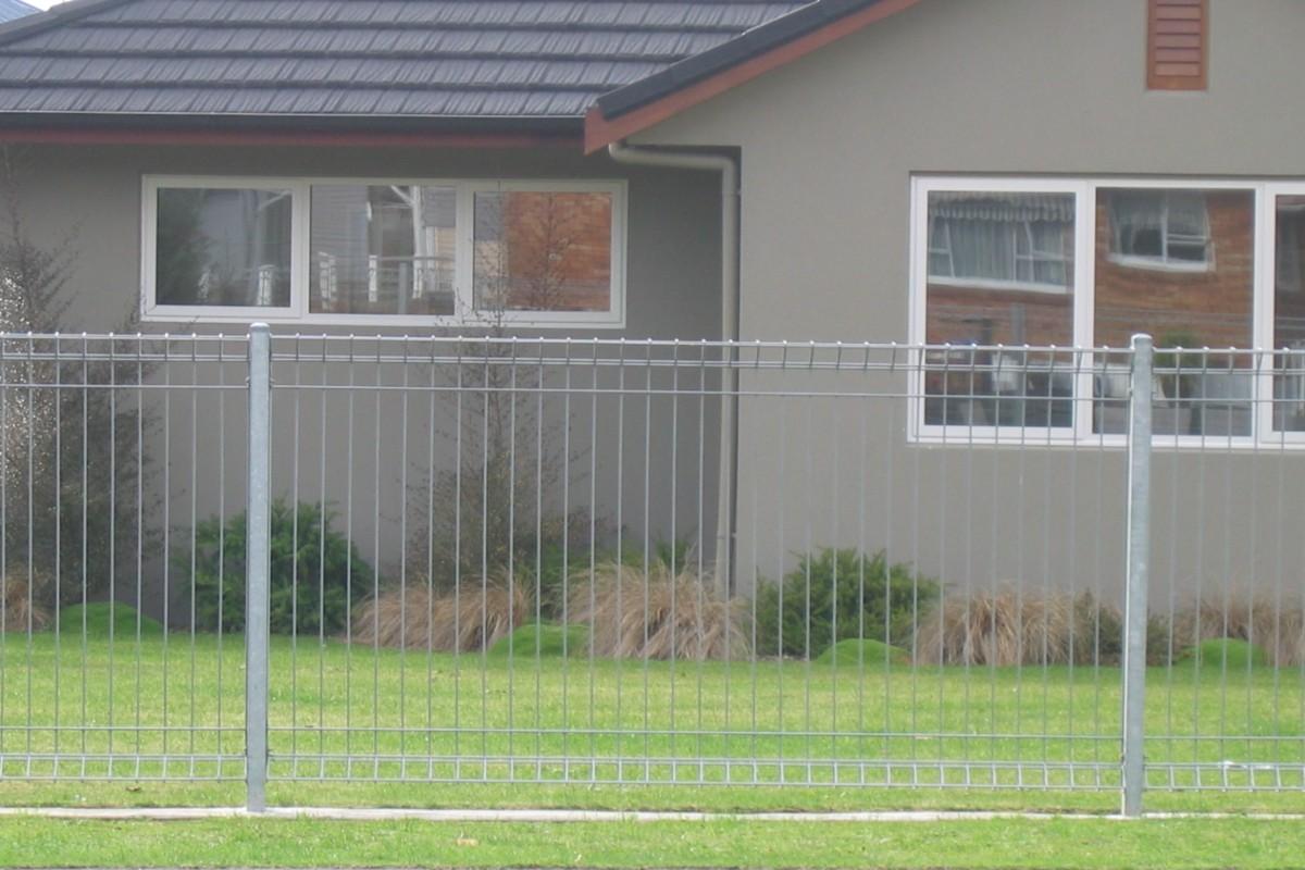 steel fence rotorua